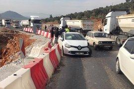 Römorka çarpan sürücü yaralandı