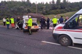 Feci kazada 1'i hamile, 4 kişi yaralandı