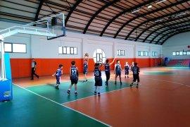 Küçükler basketbol şampiyonu Özge Koleji oldu