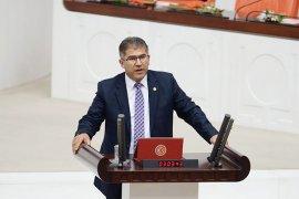 AKP'li Öztürk kumarhanede görüntülendi