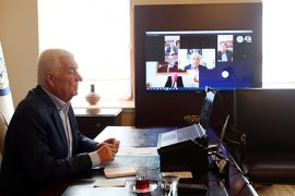 Belediye Başkanları Telekonferansla Görüştü