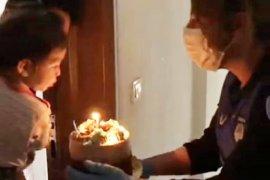 Beren'e doğum günü sürprizi