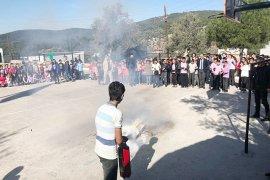 23 bin öğrenci eş zamanlı deprem tatbikatı yaptı