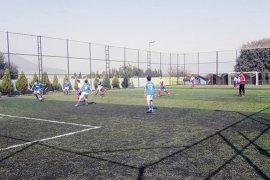 Cumhuriyet Şenlikleri Futbol Turnuvası Final Maçları Oynanıyor