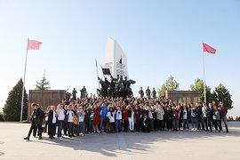 Muğlalı Kadınlar Atatürk'ün Huzurunda