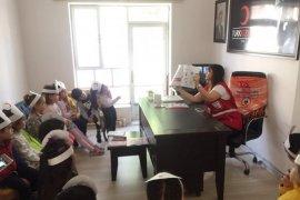 Anaokulu Öğrencilerinden Kızılay'a Ziyaret