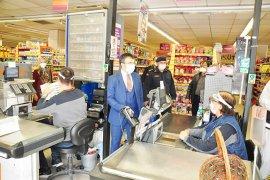Kaymakam Arslan'dan market denetimi