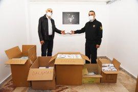 Vatandaşlara ücretsiz maske dağıtımına başlandı