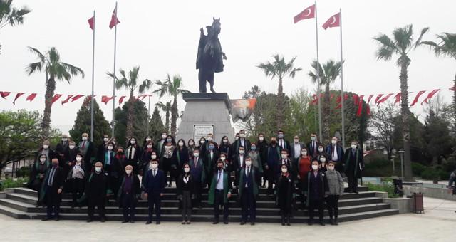"""5 Nisan Avukatlar Günü'nde:  """"Kutlama değil, mücadele ve dayanışma günü"""""""