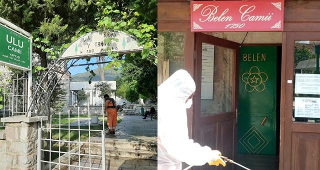 İbadete açılacak camiler dezenfekte edildi..