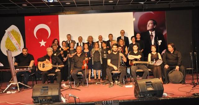 Milas Şarkı Topluluğu'ndan yürekleri ısıtan konser…
