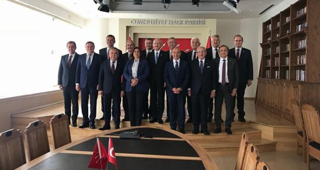 CHP'li 11 Büyükşehir Belediye Başkanı Kılıçdaroğlu'yla Buluştu..