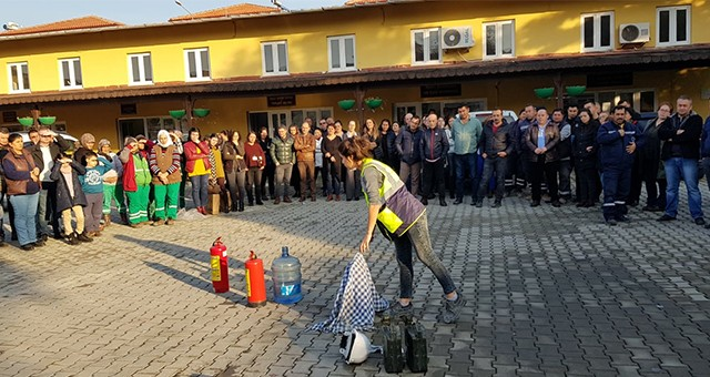 Belediye personeline iş güvenliği, deprem ve yangın eğitimi…