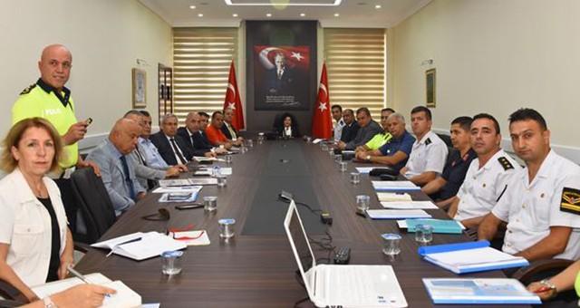 ValiCivelek Başkanlığında Trafik Değerlendirme Toplantısı Yapıldı