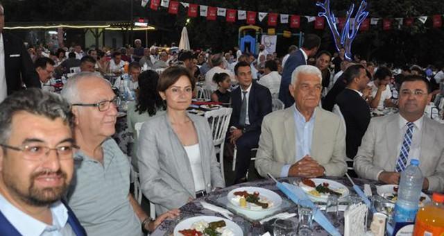 CHP'liler, 'Dayanışma Yemeği'nde gelecek adına umut dağıttı…