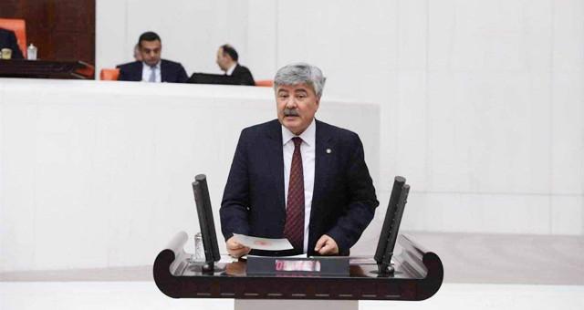 Metin Ergun, TOKİ'ye devredilen Toparlar'daki tarım arazilerini meclise taşıdı..