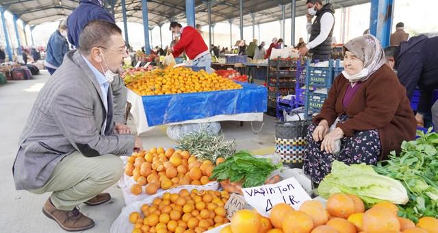 Başkan Tokat, Akkent Pazarı'nı ziyaret etti
