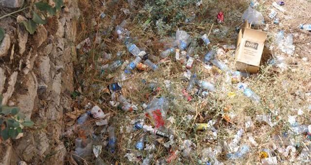 Çarşı içi dönüşümlü atık çöplüğü