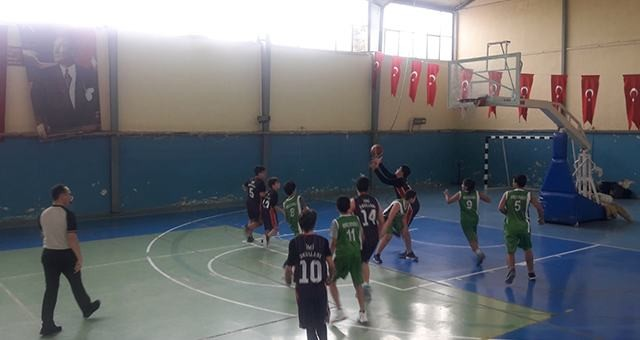 Okul sporlarında sıra, voleybol ve basketbolda