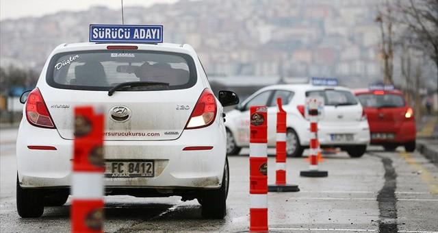 Motorlu taşıt sürücü kursları uygulama sınavları hafta sonu yapılacak