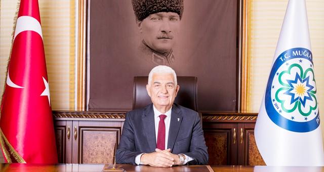 """Başkan Gürün,""""24 KASIM ÖĞRETMENLER GÜNÜ KUTLU OLSUN"""""""