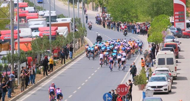 56.Cumhurbaşkanlığı Bisiklet Turu coşkuyla izlendi