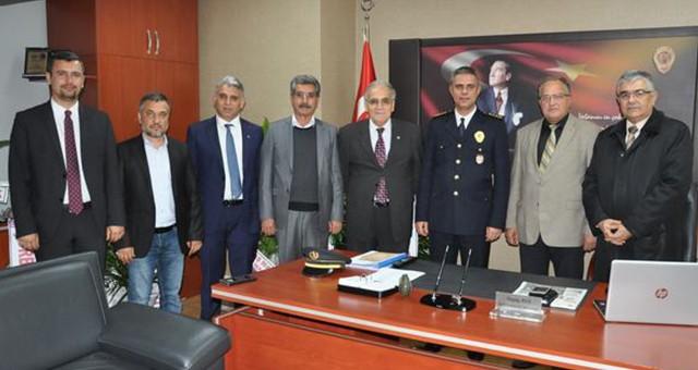 İYİ Parti yöneticilerinden emniyet mensuplarına kutlama ziyareti