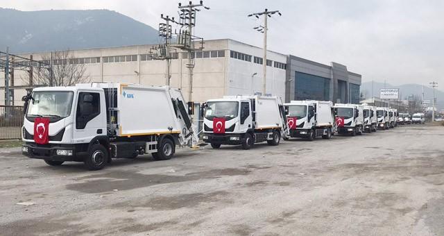 Yeni çöp kamyonları ilçemize geldi