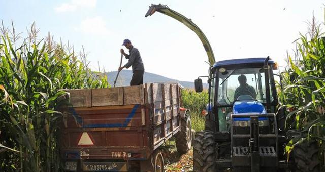 Römorklu traktörler bayramda karayoluna çıkamayacak