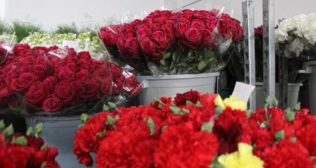 Çiçek satan iş yerlerine'14 Şubat' muafiyeti