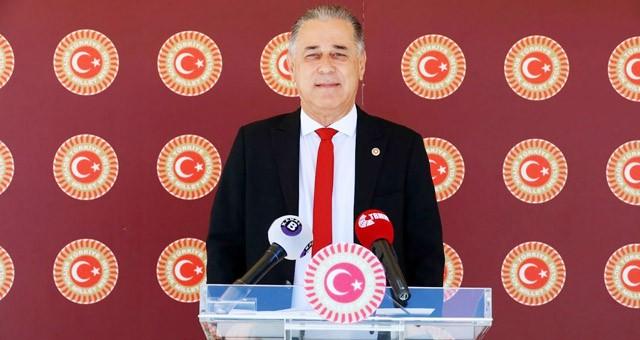 Milletvekili Özcan: Basın çalışanları ile turizm sektörü çalışanları da öncelikli olarak aşılanmalı
