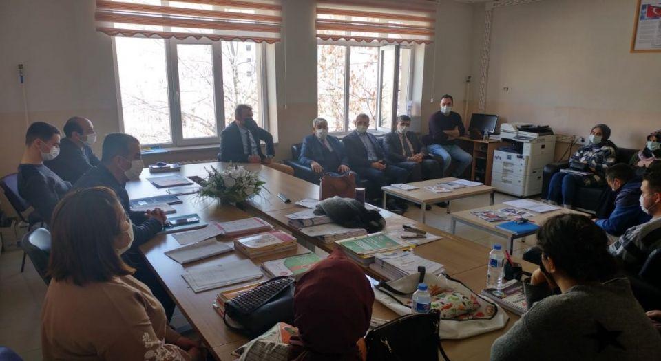 Milli Eğitim Müdürü Muharrem Demir'den 80'nci Yıl Yatılı Bölge Ortaokulu'na Ziyaret