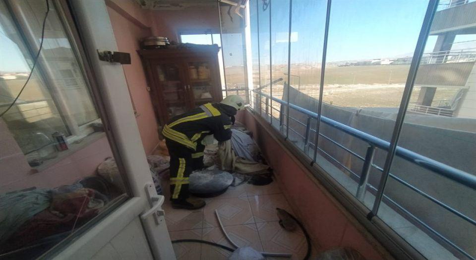 Siirt'te Bir Evin Mutfağında Çıkan Yangın Korkuttu