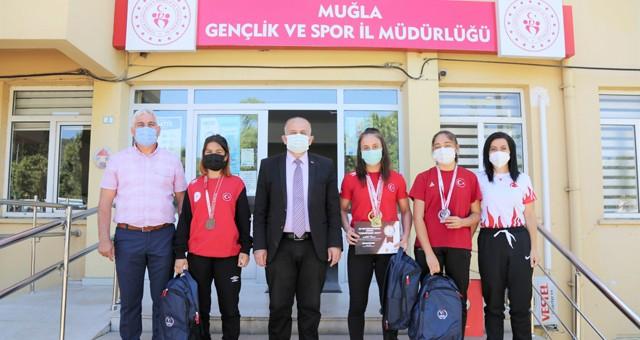 Köyceğiz Belediyespor Bayan Güreş Takımı'ndan İlman'a ziyaret