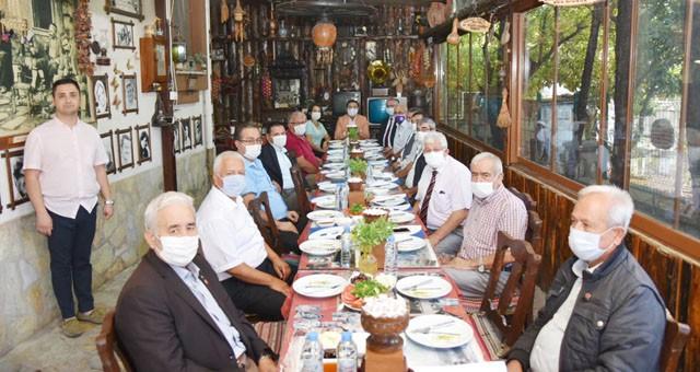 Başkan Muhammet Tokat, Merkez Muhtarları ile buluştu