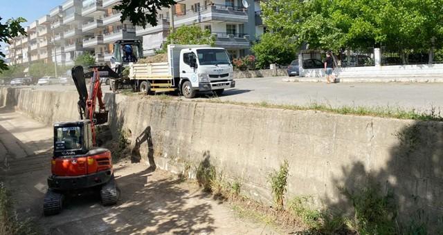 Milas'ta dere temizliği çalışmaları devam ediyor
