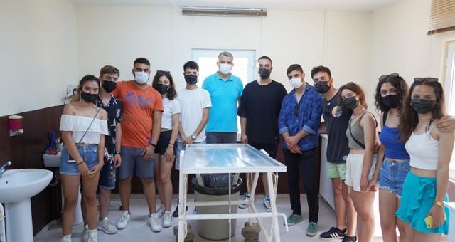 Veteriner Fakültesi öğrencileri hayvan barınağını ziyaret etti