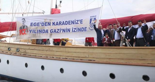 GAZİ'NİN İZİNDEKİ STS BODRUM'A, BODRUM'DAN SONRA  İZMİR'DE MUHTEŞEM UĞURLAMA