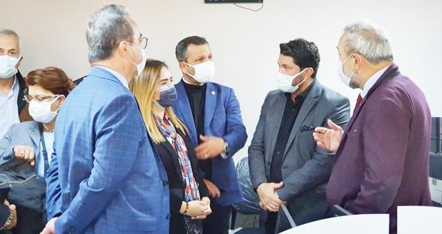 CHP'li Erbay: Deprem gerçeğinde bugün yaralar sarılmalı, yarına kalıcı çözümler bulunmalı