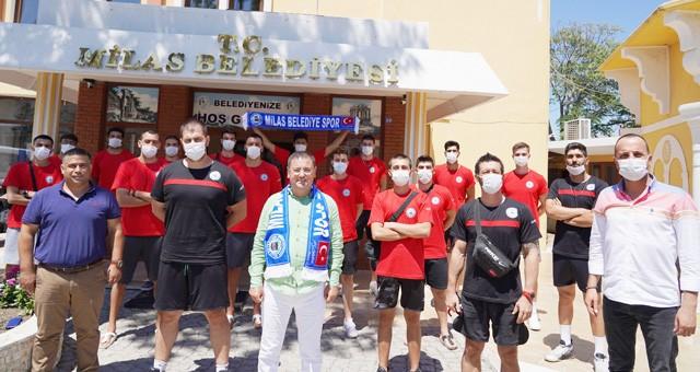 Milas Belediyespor Voleybol Takımı basına tanıtıldı