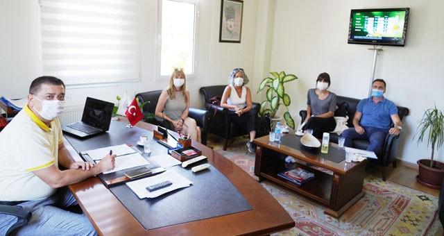 Akademisyenler Başkan Tokat'ı ziyaret etti