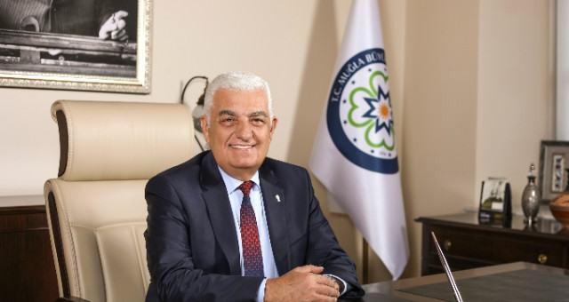 Büyükşehir Belediye Başkanı Osman Gürün:  Emeğin ve İşçinin Bayramı 1 Mayıs Kutlu Olsun