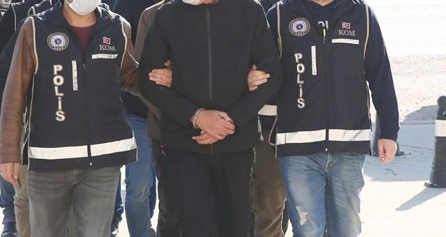 Rüşvet operasyonunda 2 tutuklama