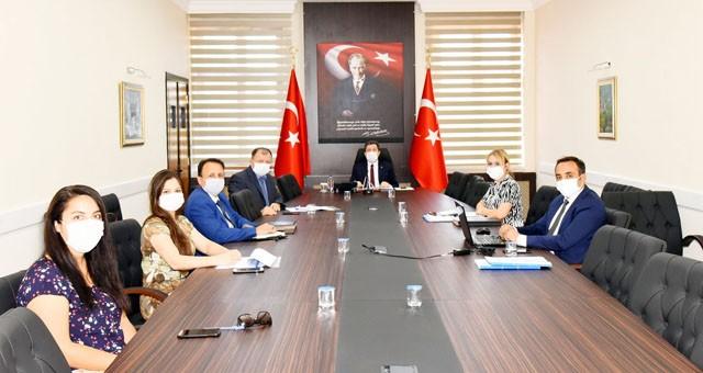 Vali Orhan Tavlı başkanlığındapandemi değerlendirme toplantısı yapıldı