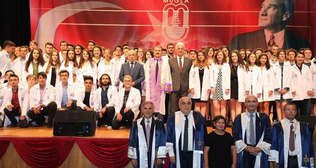 Doktor Başkan Tıp öğrencileri ile bir araya geldi