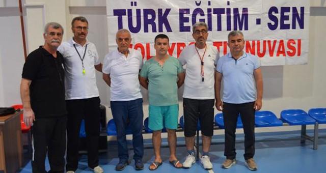 Atatürk Voleybol Turnuvası Başladı