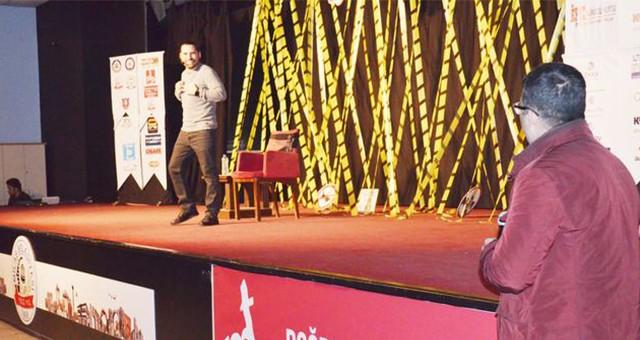 Stand up gösterisi ilgi ile izlendi