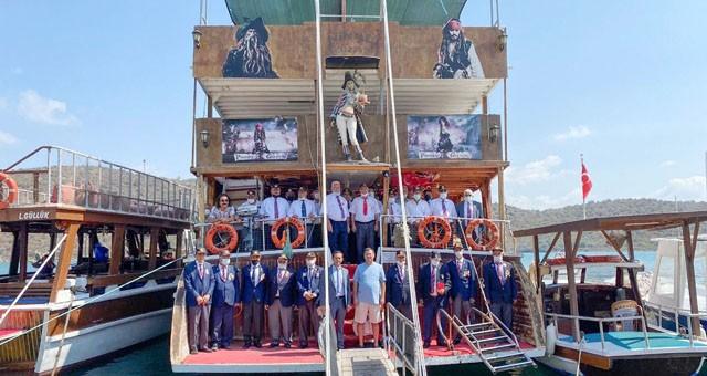 Gaziler Günü Boğaziçi'nde tekne gezisiyle kutlandı