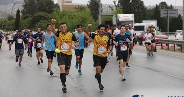 Koşamayanlar İçin Koştular