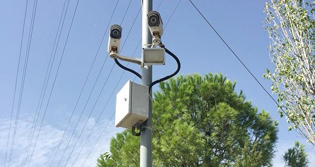 Milas Belediyesi, Mahallelere güvenlik kamerası kuruyor..
